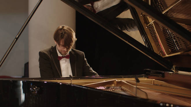 Thomas Hewitt Jones performs in 'A Classic FM Christmas' at St John's Smith Square, now streaming on Amazon Prime.