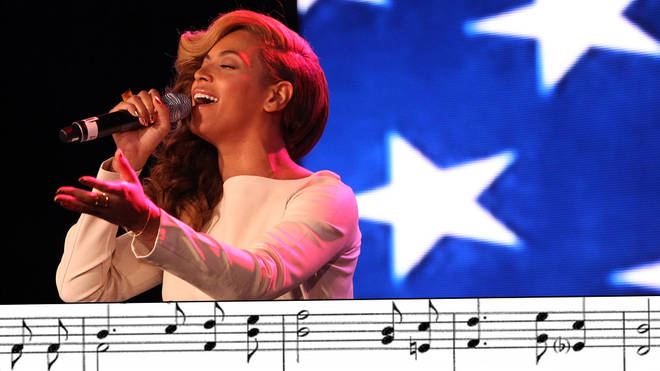 Beyoncé sings the US national anthem (2013)