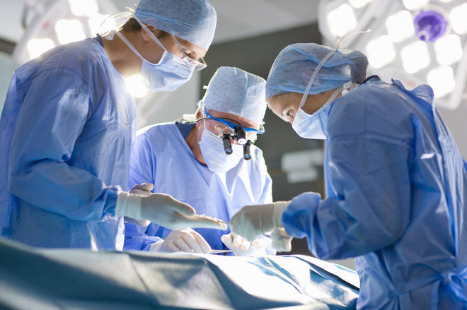 Play classical music in the operating theatre, researchers say