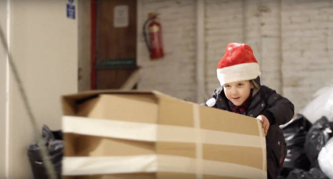 This £10 festive advert from a Manchester piano shop is the most heartwarming video