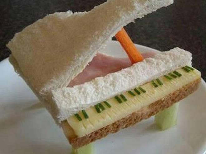 Piano sandwich
