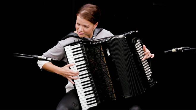 Ksenija Sidorova introduces the accordion
