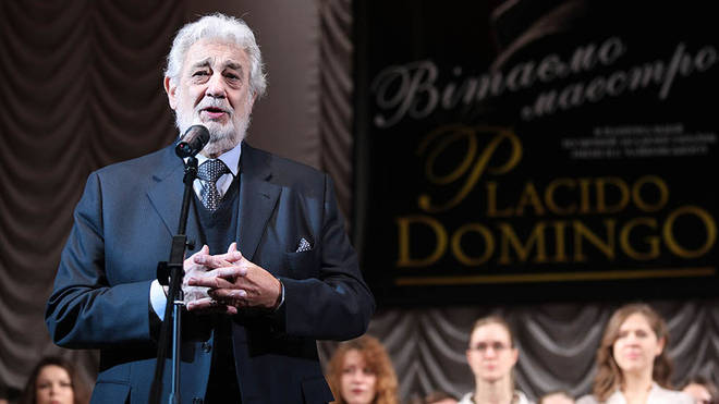 Plácido Domingo encourages others to follow in his example