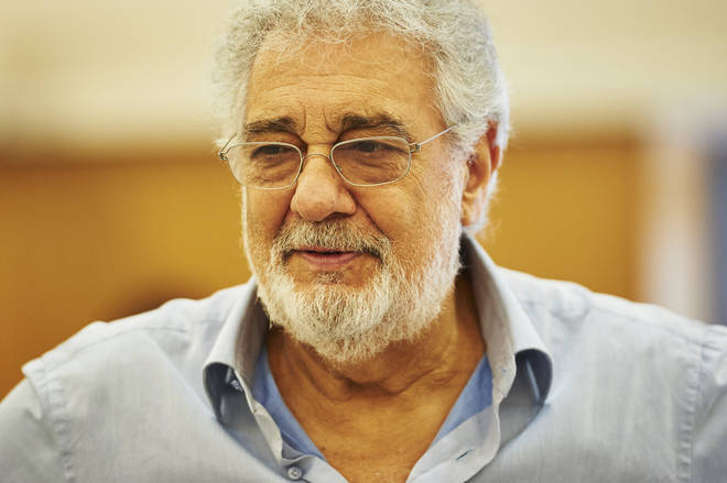 Spanish tenor Plácido Domingo withdraws from Royal Opera House