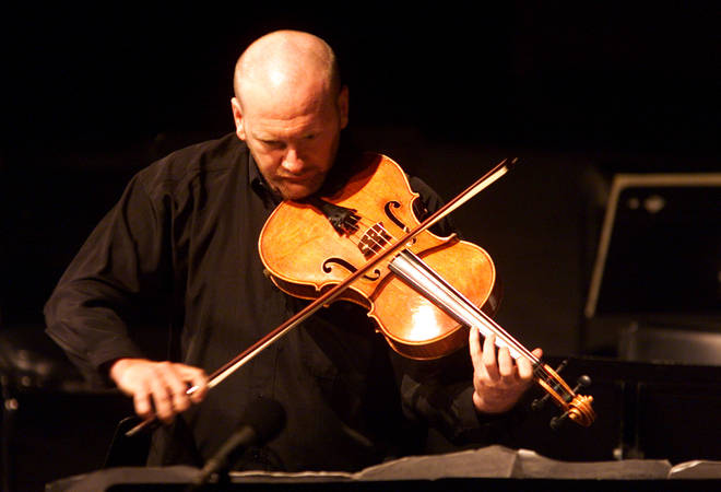"Composer Brett Dean performs ""Intimate Decisions"" solo on the viola in LA"