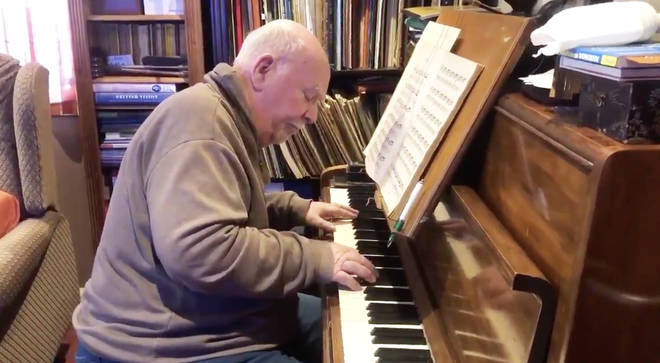 Paul Harvey performs Bach