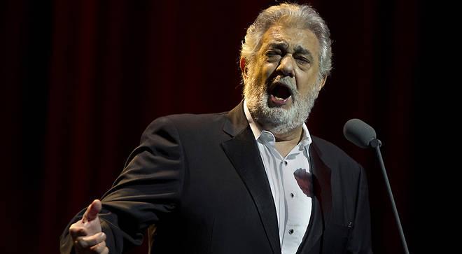 Opera singer Plácido Domingo hospitalised in Mexico with coronavirus