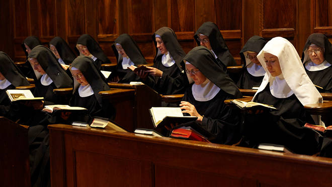French Benedictine nuns release 7,000 hours of Gregorian chant
