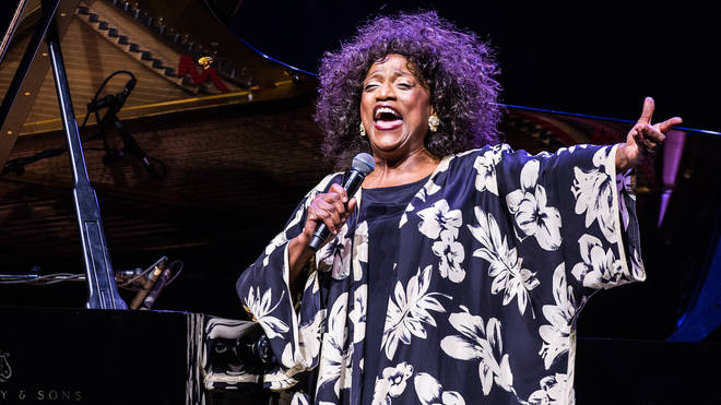 Jessye Norman singing in concert at L'Olympia