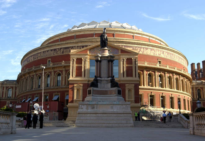 Royal Albert Hall risked insolvency by 2021 without funding