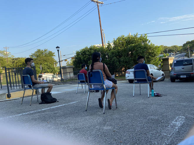 Viral photo shows Texas State University music class being held in a carpark