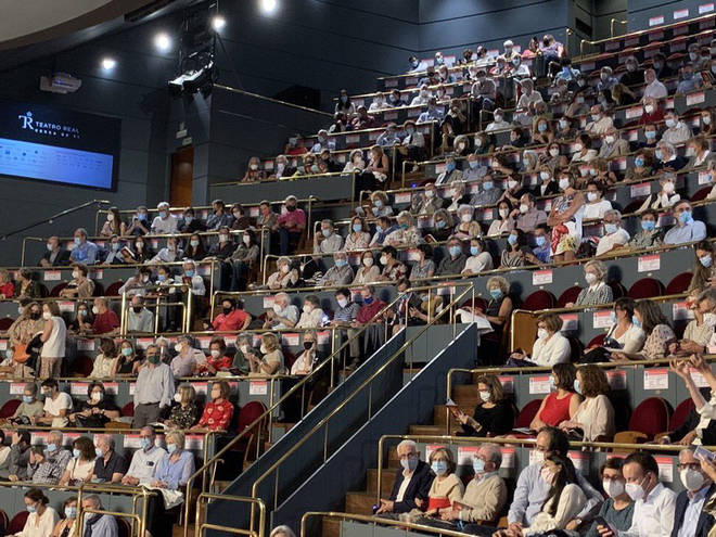 Audience at Teatro Real on Sunday night