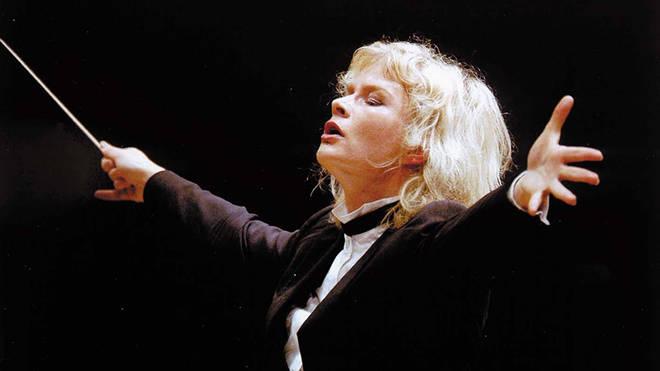 Conductor Anu Dirigent