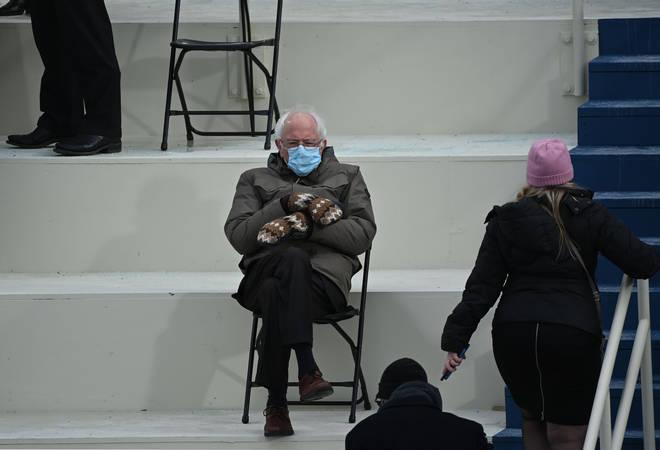 The original Bernie Sanders inauguration photo