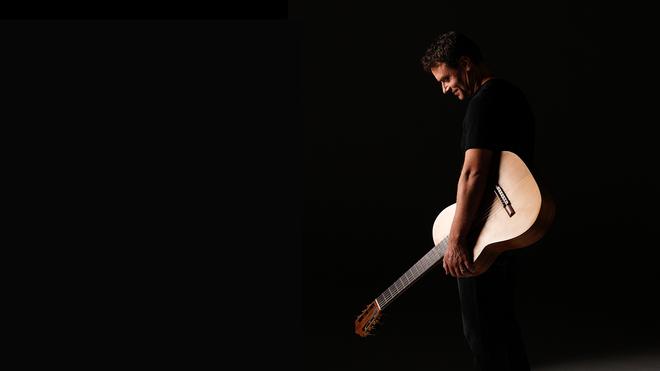 Guitarist Craig Ogden