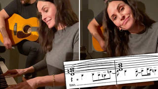 Courteney Cox delights the Internet by casually nailing the 'Friends' theme on piano