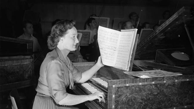 Eileen Joyce performed at the Royal Albert Hall over 120 times. Here she is depicted at a rehearsal elsewhere in London.