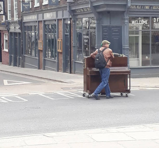 Alistair Lawrence was playing his piano in the city centre at the weekend when police officers and Covid marshals told the musician he had to stop.