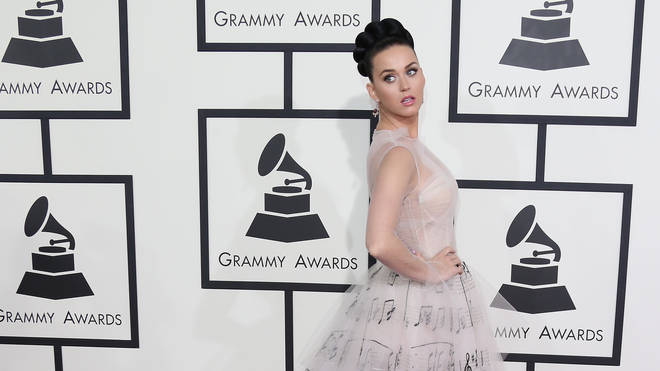 Katy Perry arrives at the GRAMMY Awards 2014