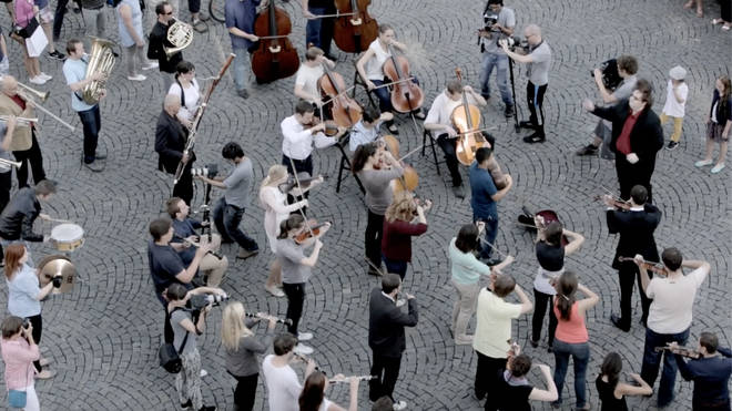 Orchestral flashmob descends on the city of Prague