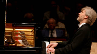 Catch up with John Suchet's exclusive plays of Beethoven's Complete Piano Concertos