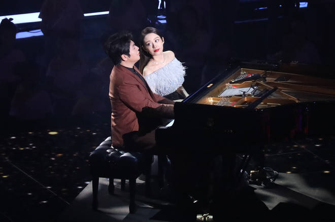 Lang Lang and his wife Gina Alice play together in 2020