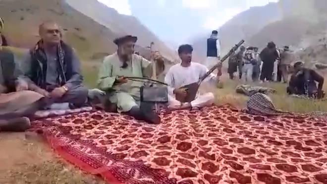Fawad Andarabi plays in Afghanistan