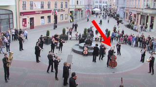 Orchestra descends on square to perform Grieg's ominous 'Hall of the Mountain King'
