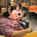 New York opera singers rehearse delightful Mozart trio in subway on the way to work