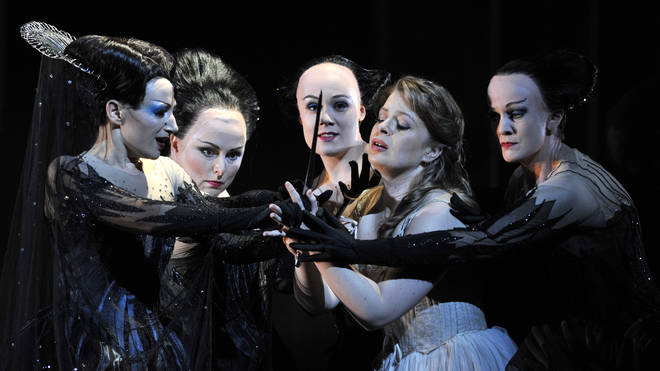 Mozart's Die Zauberflote At The Royal Opera House