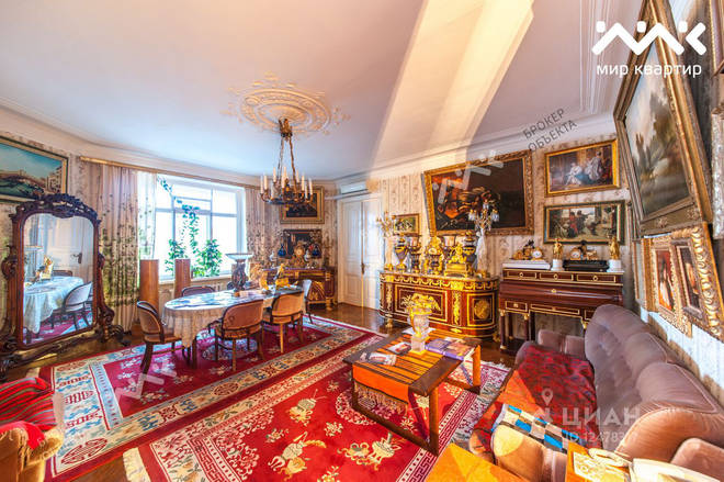 Shostakovich's old flat is a spacious seven-room property in St. Petersburg