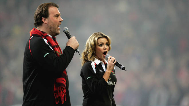 Bryn Terfel and Katherine Jenkins perform the Welsh anthem at Wales v Australia