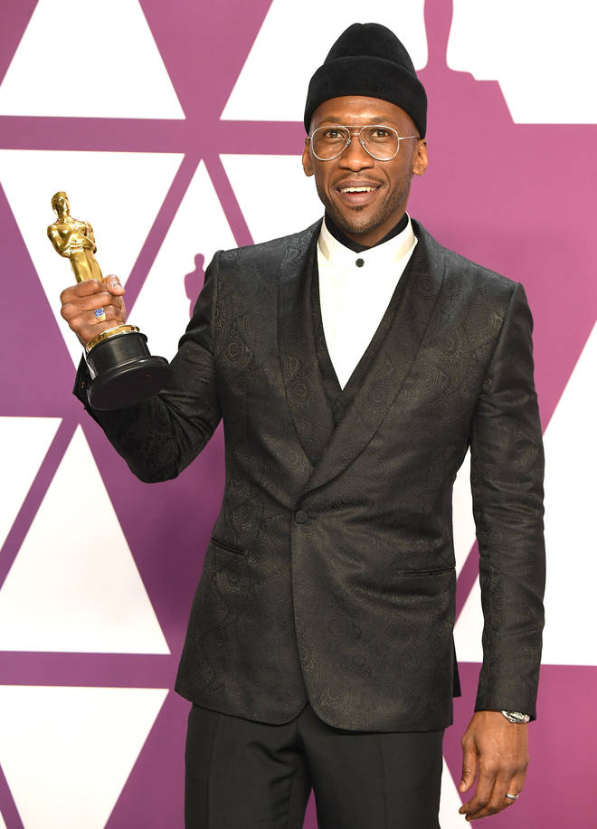 Mahershala Ali poses at the 91st Annual Academy Awards