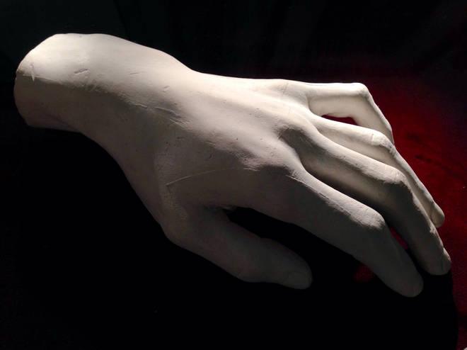 Frédéric Chopin's left hand