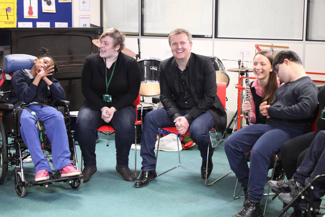 Aled Jones makes a surprise visit to The Amber Trust