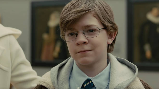 Oakes Fegley plays younger Theo in The Goldfinch