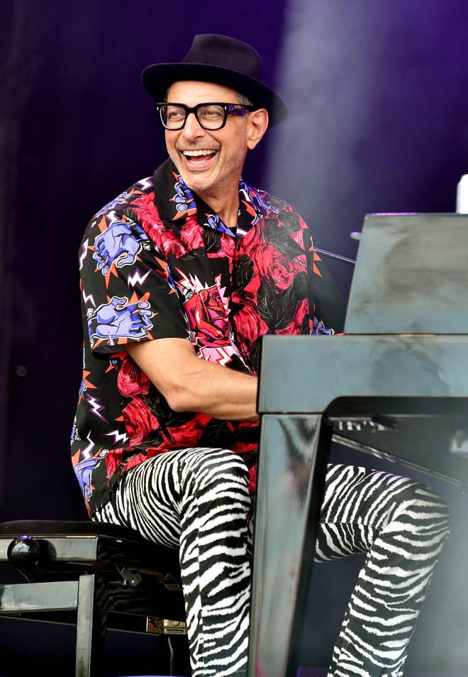 Jeff Goldblum plays jazz piano at Glastonbury 2019