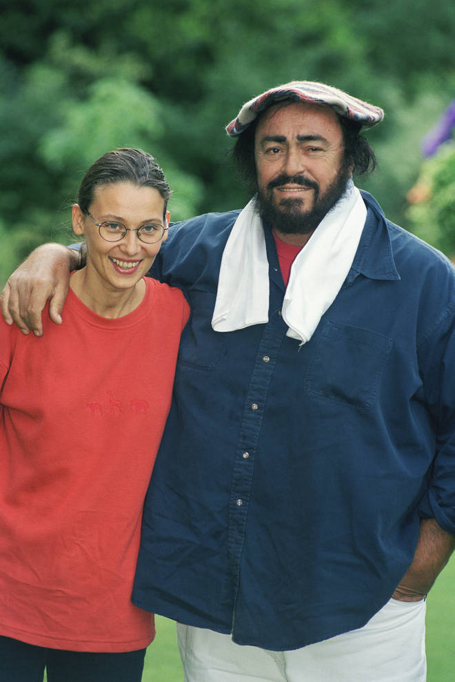 Luciano Pavarotti with his second wife, Nicoletta Mantovani