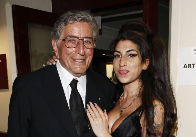 Tony Bennett with Amy Winehouse in 2010
