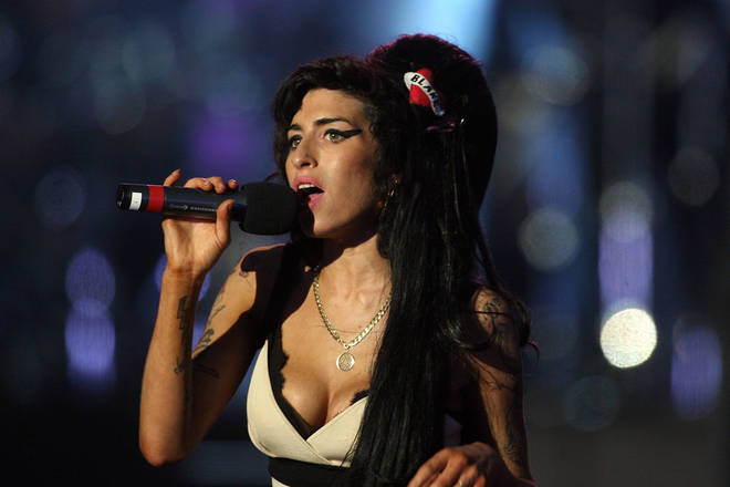 Amy Winehouse performs live in London in 2008