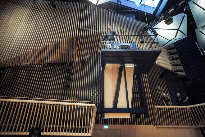 The world's largest grand piano