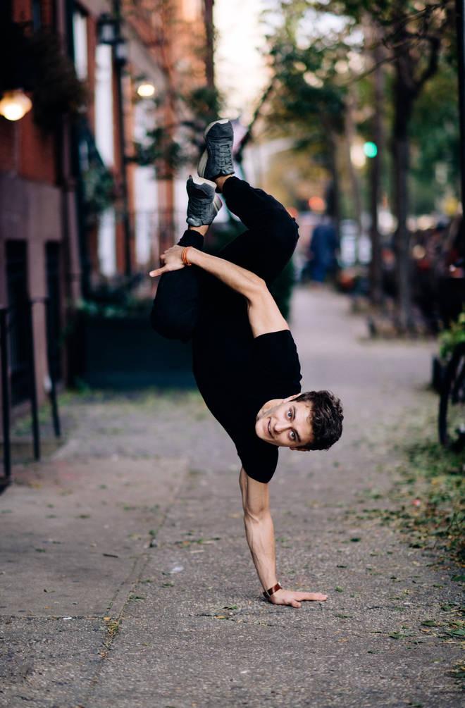 Breakdancing countertenor Jakub Józef Orliński