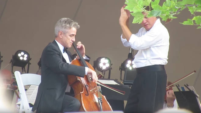 Dermot Mulroney plays with the Boston Pops orchestra