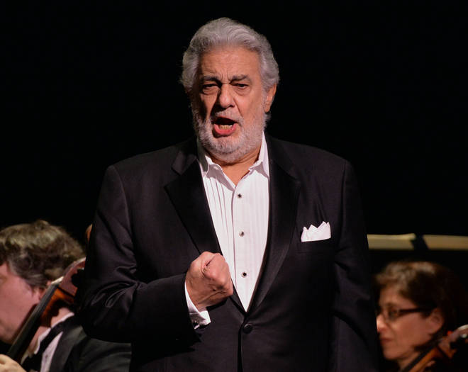 Plácido Domingo sings 'Nemeco della patria' from Andrea Chenier