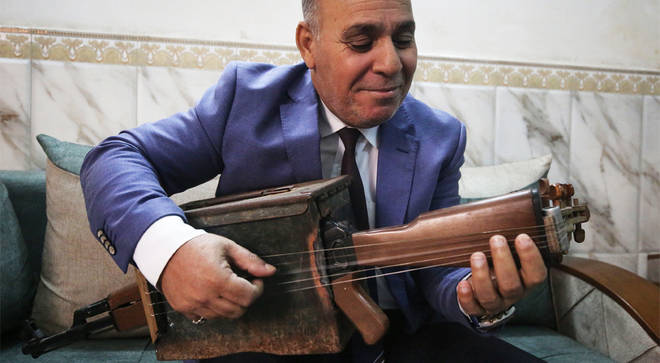 Majed Abdennour plays his reimagined assault rifle