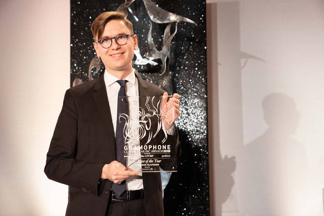 Pianist Víkingur Ólafsson collects the Gramophone Artist of the Year Award, sponsored by Classic FM
