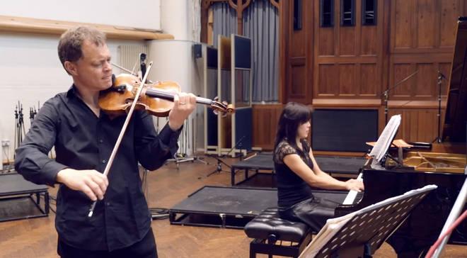 Stephen Morris plays his 310-year-old Tecchler violin