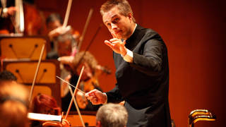 LOSANGELES: ET.1126. Vasily Petrenko, the 36-year-old Russian music director of the Liverpool Philha