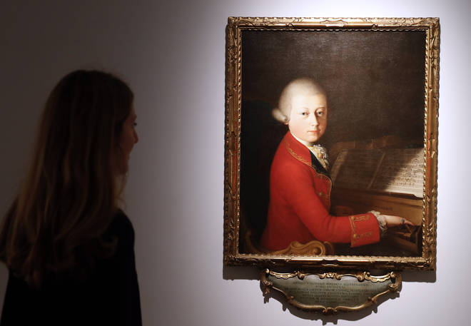 Early Mozart minuets
