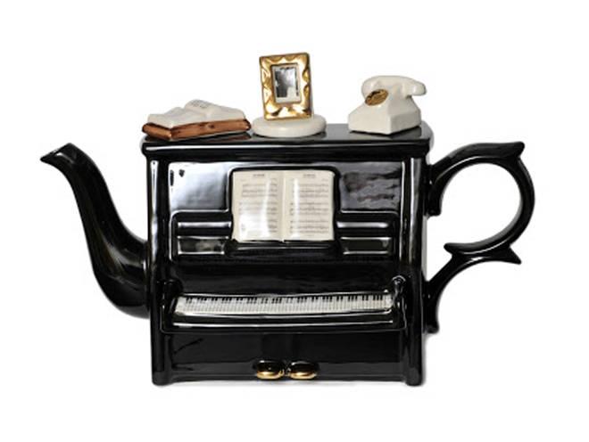 Piano teapot